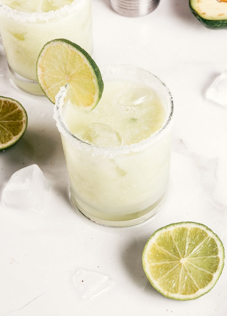 Skinny Coconut Margarita With Coconut Water