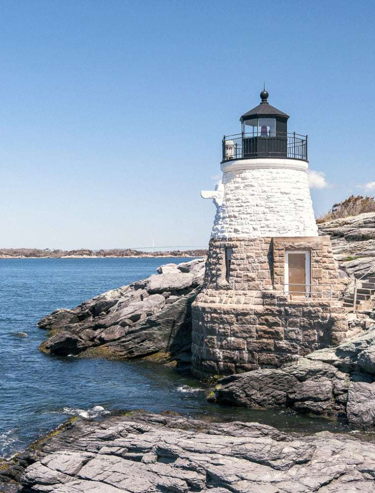 A Guide to Visiting Narragansett Beach (Rhode Island) in the Summer