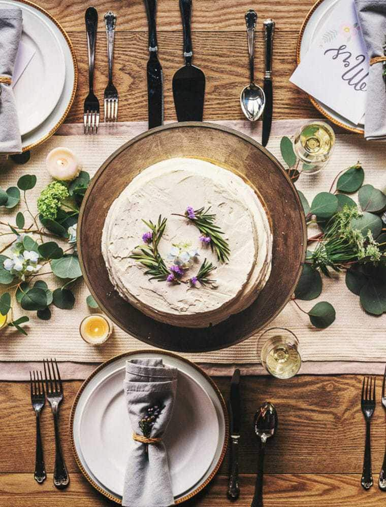 9 Essential Tips For Hosting a Party On a Budget