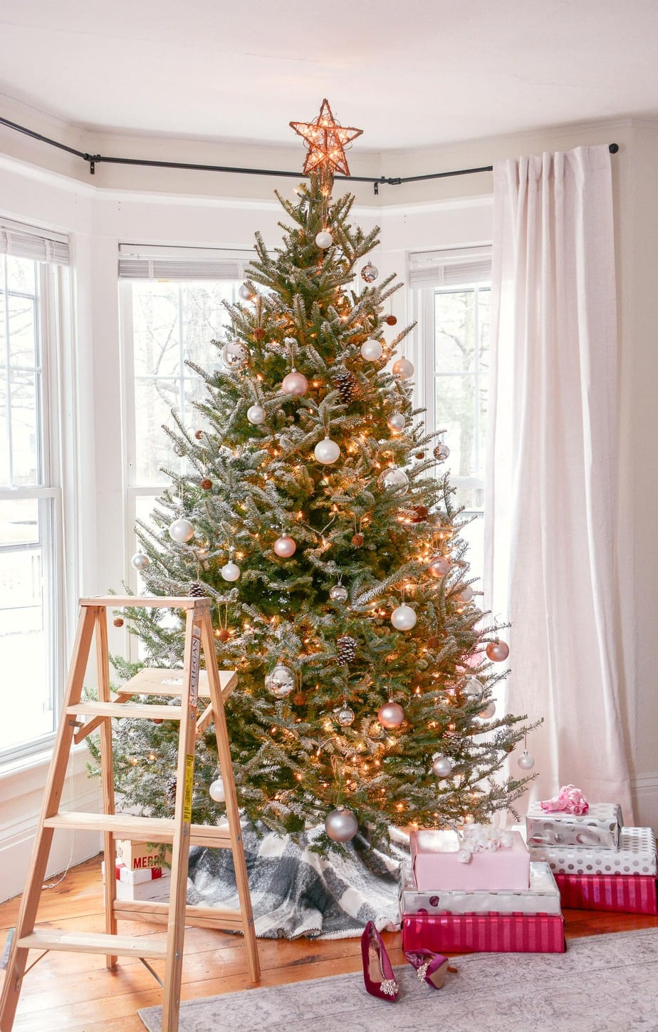 How to Flock a Real Christmas Tree in 15 Minutes