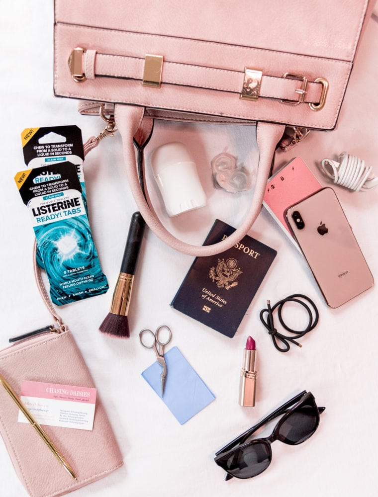The Ultimate Everyday Purse Essentials List