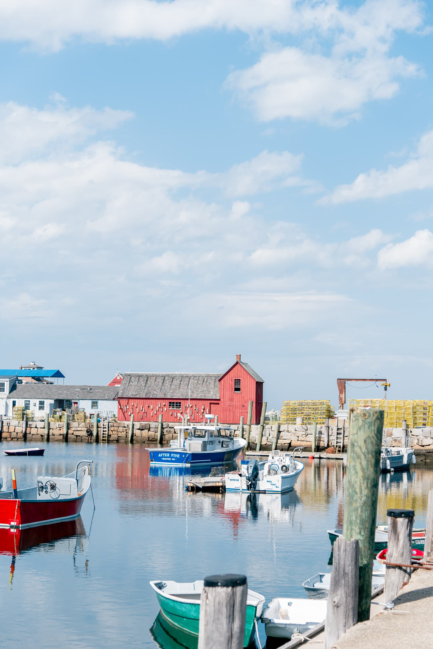 The absolute best things to do in Rockport MA // Pebble beach rockport // Bearskin Neck shops Rockport // Things to do in Rockport, ma. // a Rockport MA travel guide