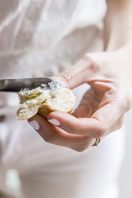 How to make lavender butter // honey butter // honey lavender butter
