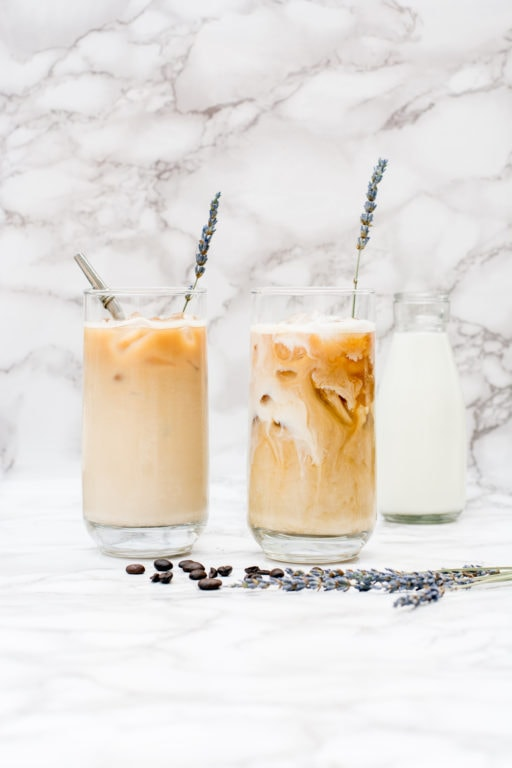 lavender latte / iced latte recipe / iced coffee recipe / diy iced coffee recipes / coffee recipes easy