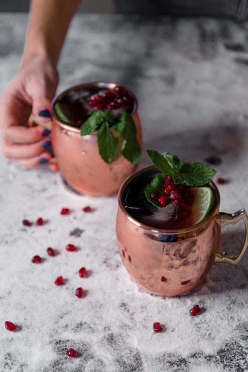 pomegranate moscow mule, easy, homemade moscow mule, different mule drinks