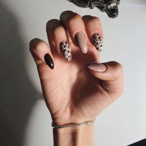dip powder nails with tips