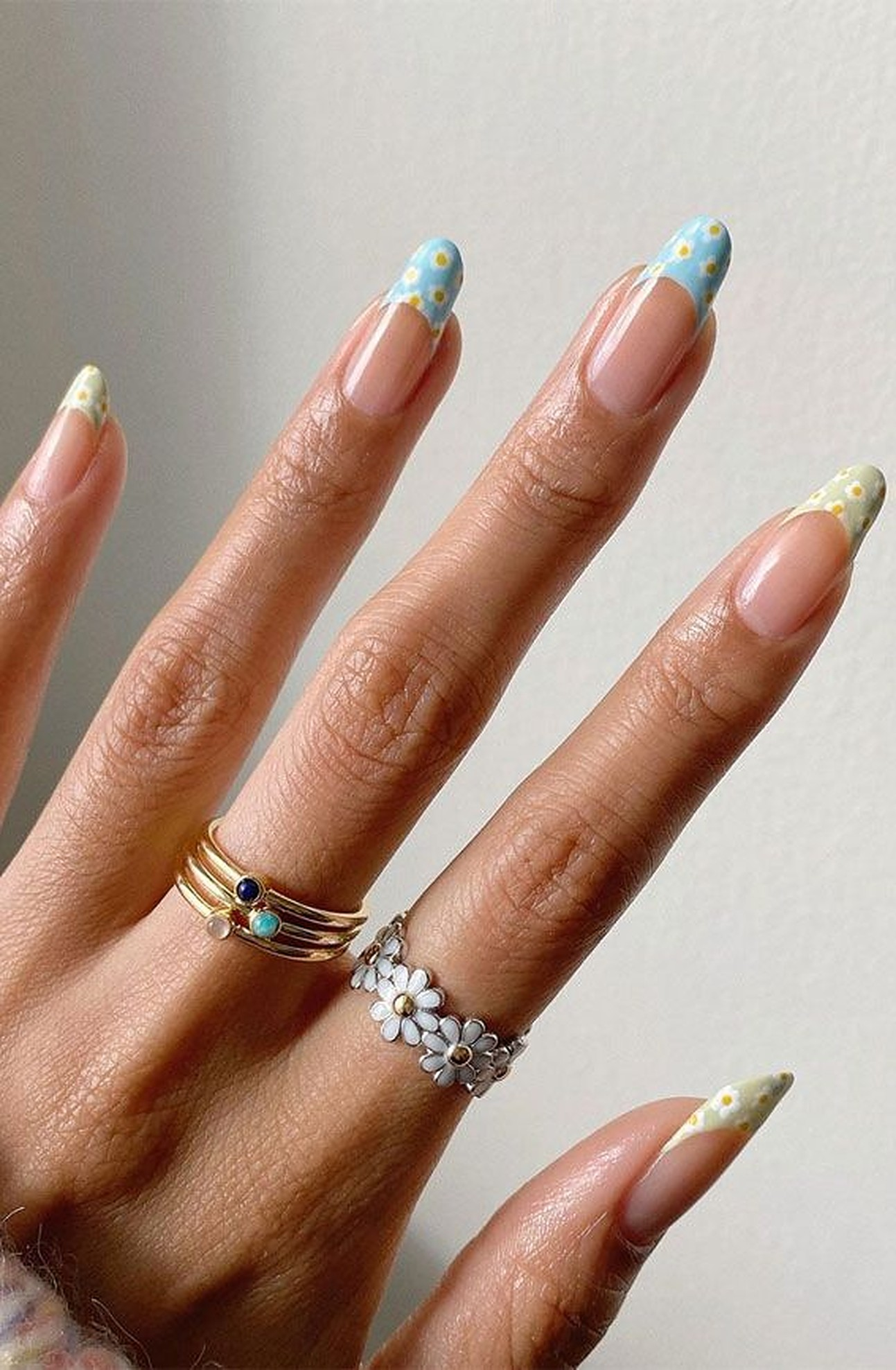 20+ Prettiest Summer Nail Colors of 20